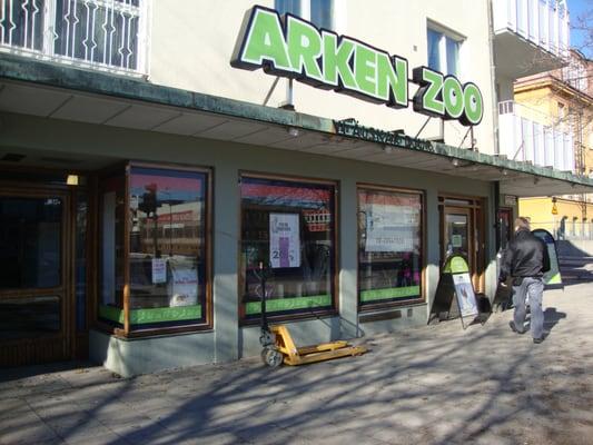 Arken zoo chiuso negozi di animali huvudstagatan 4 for Mobilia arken zoo