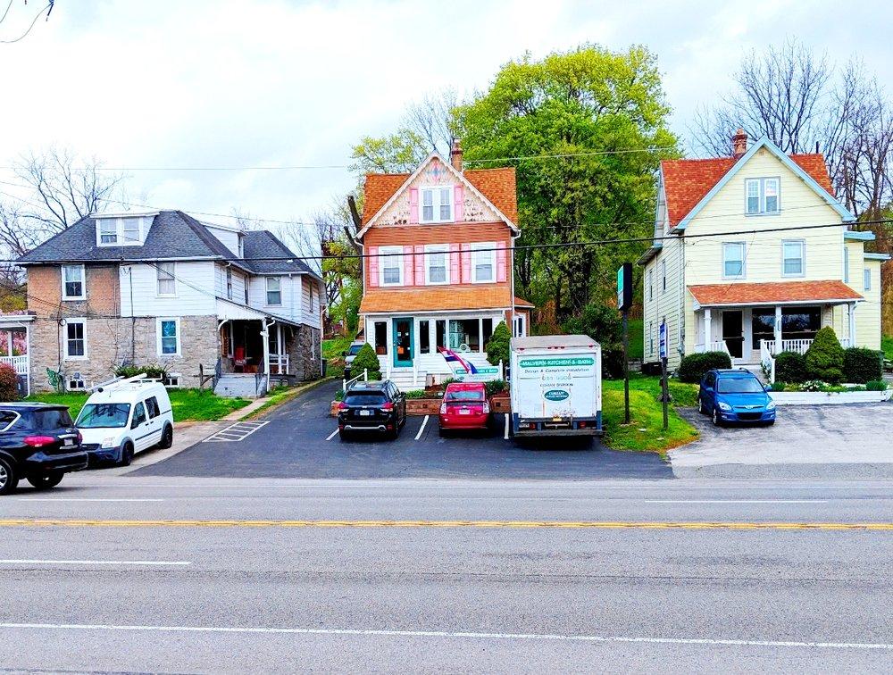 Malvern Kitchen & Bath: 1033 Lancaster Ave, Berwyn, PA