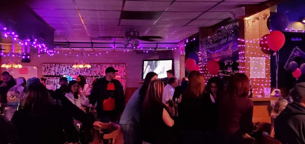 Stubini's South: 270 Shell Rd, Penns Grove, NJ