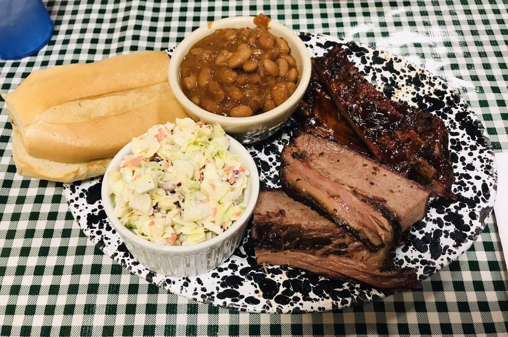 Moose Creek BBQ: 3617 172nd St NE, Arlington, WA