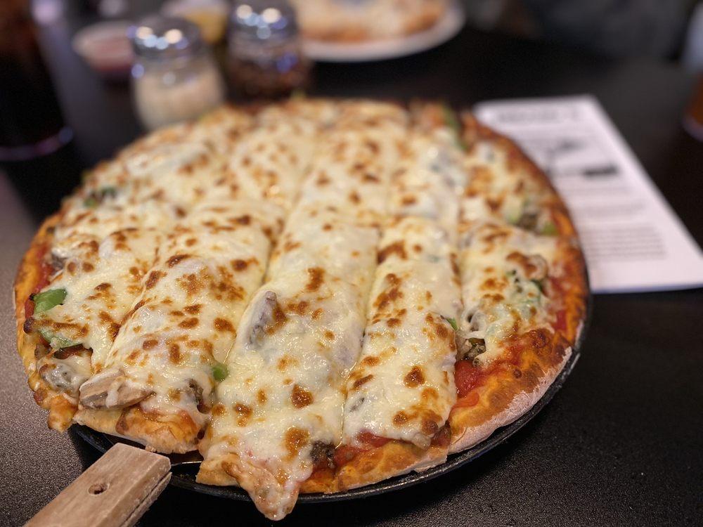 Bronko's Pizza And Sandwich Shop: 90 W Jackson St, Cicero, IN