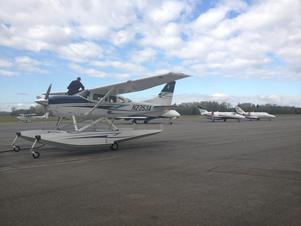 Corporate Air Center: 15452 Airport Dr, Burlington, WA