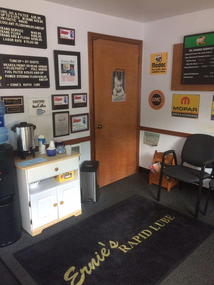Ernie's Rapid Lube: 2615 NE Kresky Ave, Chehalis, WA