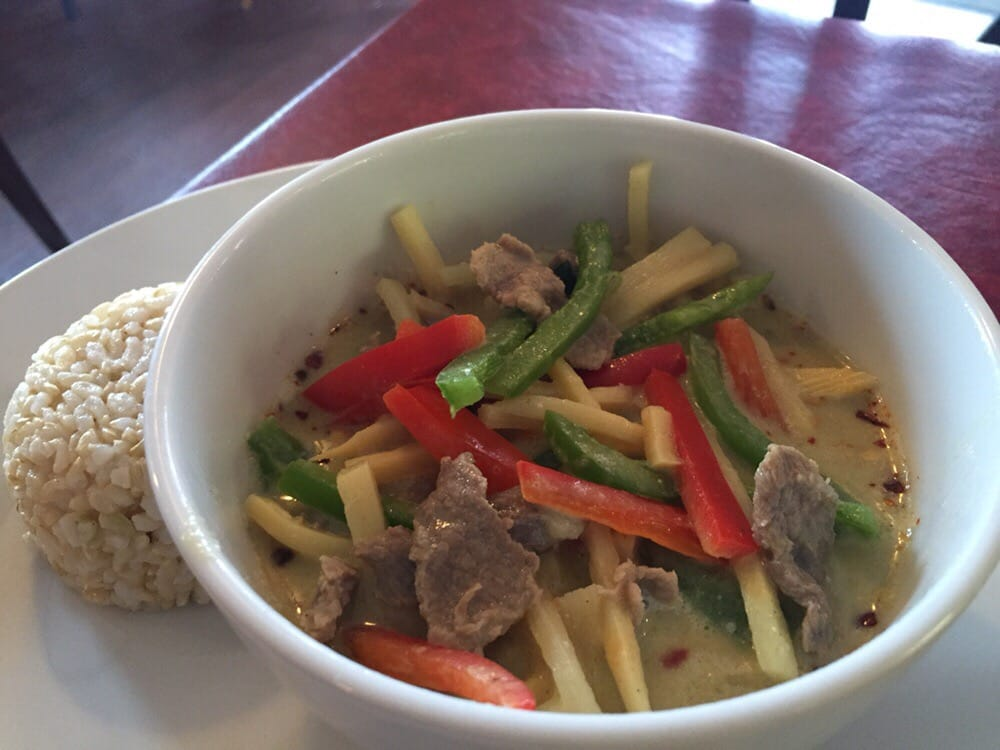 Twist on thai cafe 44 reviews thai 430 river styx rd for Aroma royal thai cuisine nj