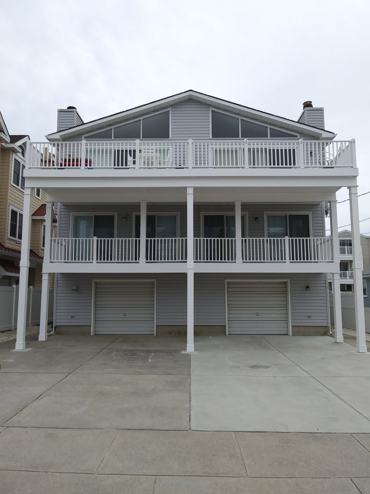 H&H Builders: 3947 Forrest Ave, Dover, DE