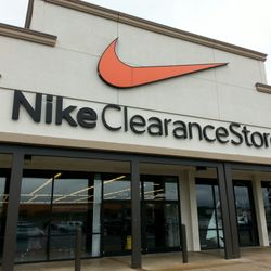 Nike Clearance Store 14 Photos 18 Reviews Outlet Stores 4099