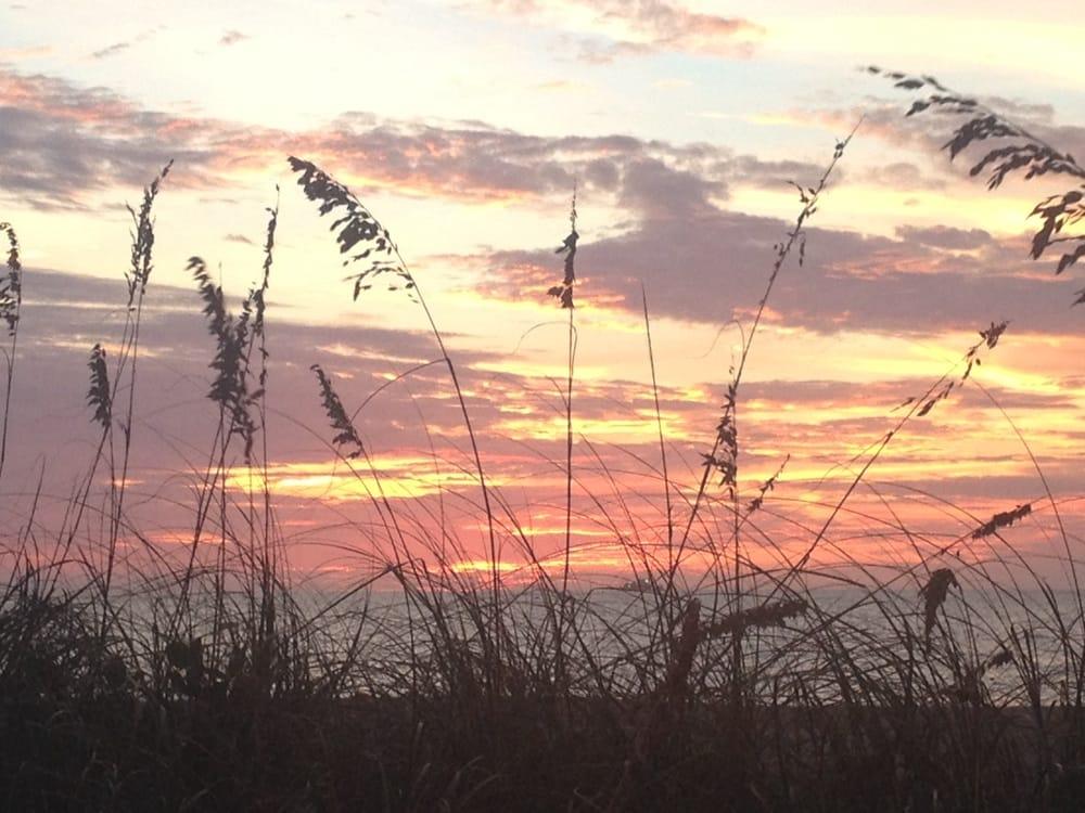 Jensen's On the Gulf: 15300 Captiva Dr, Captiva, FL