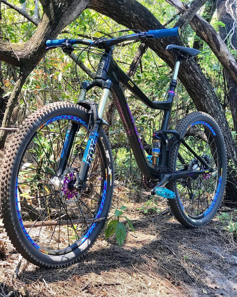 Virginia Key Mountain Bike Trail: Arthur Lamb Jr Rd, Key Biscayne, FL