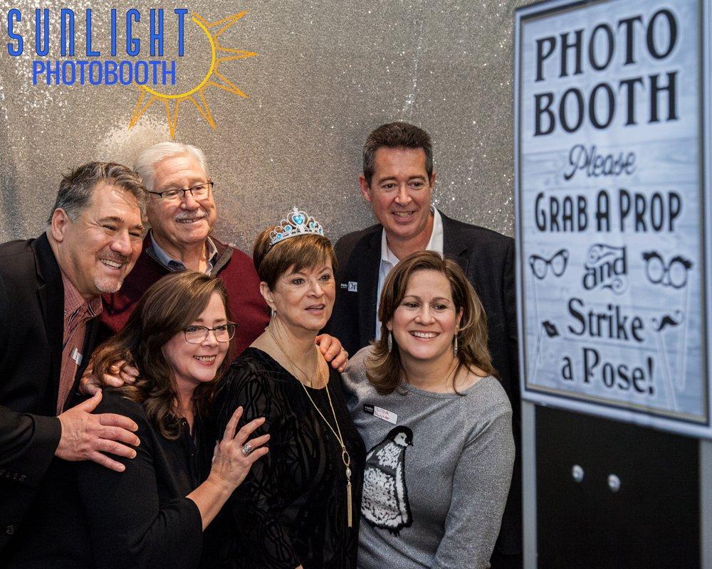 Sunlight Photobooth: Anna, TX