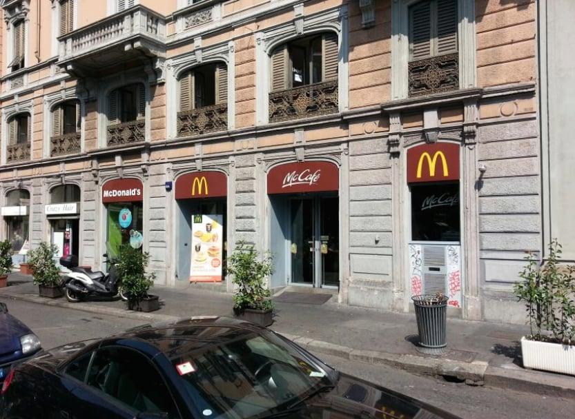 McDonald enkelt burger milano