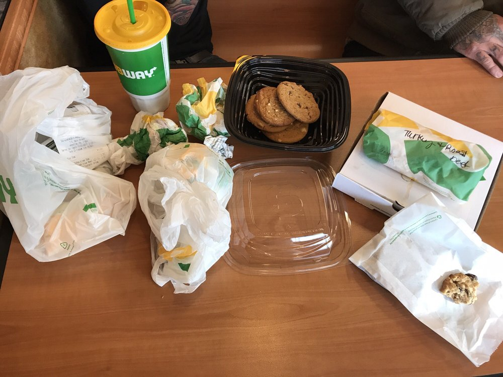 Subway: 9 East Main St, Annville, PA