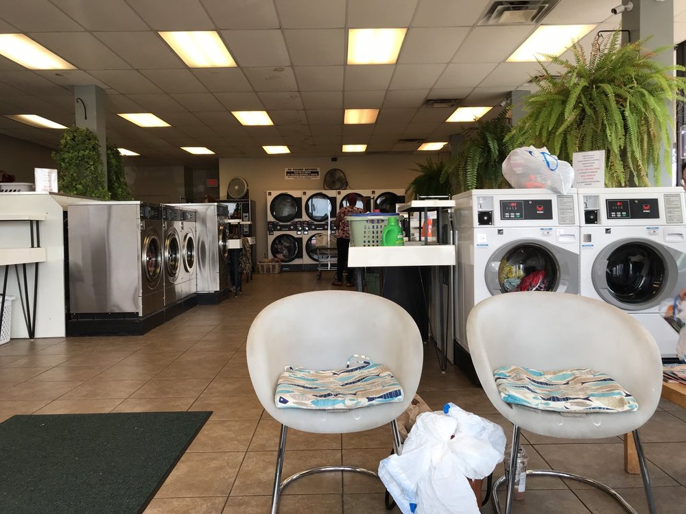 Spring Creek Laundry & Dry Cleaning: 6800 Refugee Rd, Canal Winchester, OH