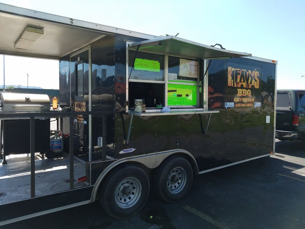 Food from Heavys BBQ Food Truck