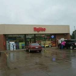 hy vee gas gas stations 1503 4th st se mason city ia phone number yelp. Black Bedroom Furniture Sets. Home Design Ideas