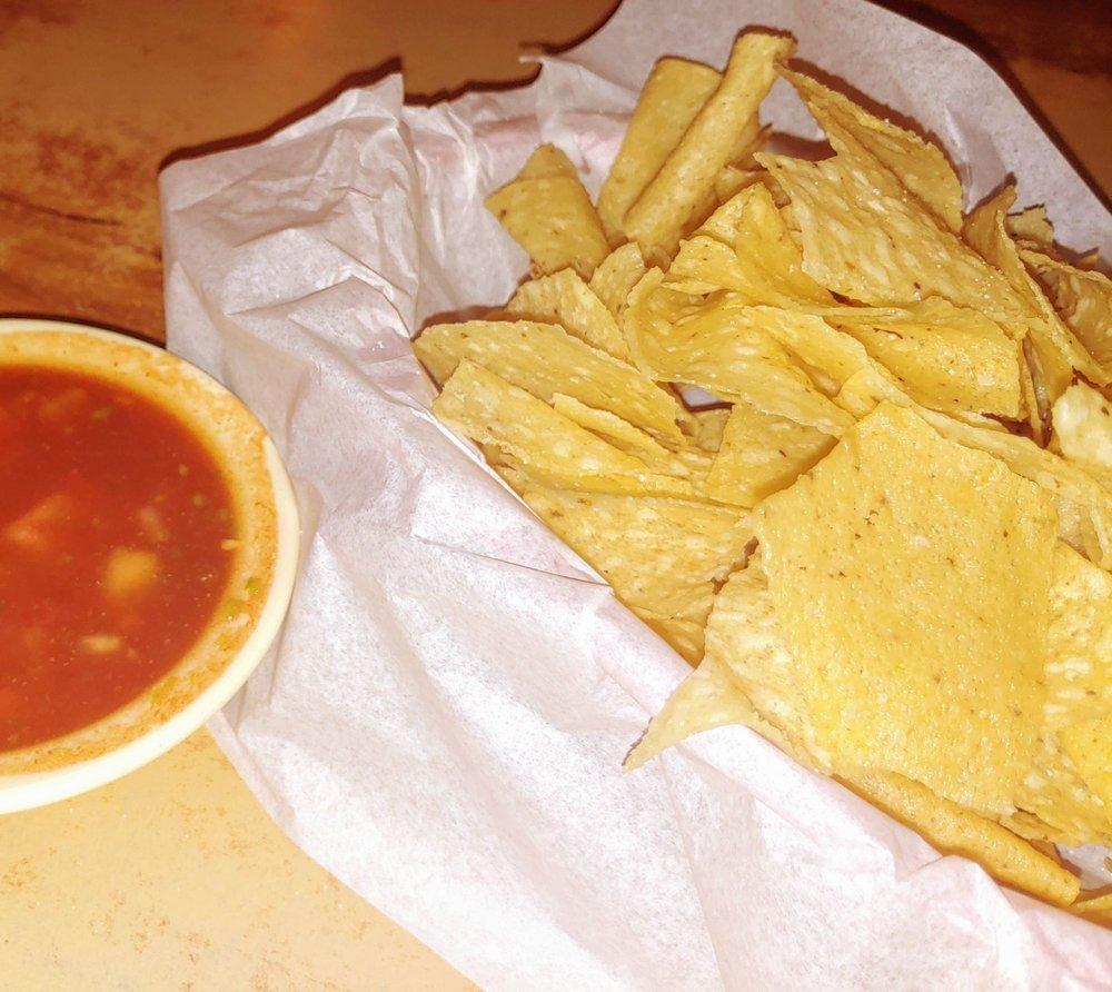 Spanish Inn: 2212 College Ave, Snyder, TX