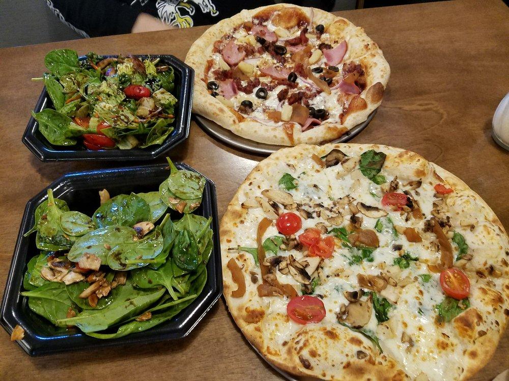 Pie Five Pizza: 3508 N Belt Highway St, St. Joseph, MO