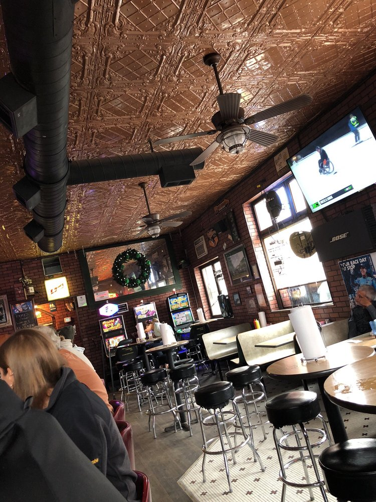 The Vault Bar and Grill: 101 W Exchange St, Danvers, IL