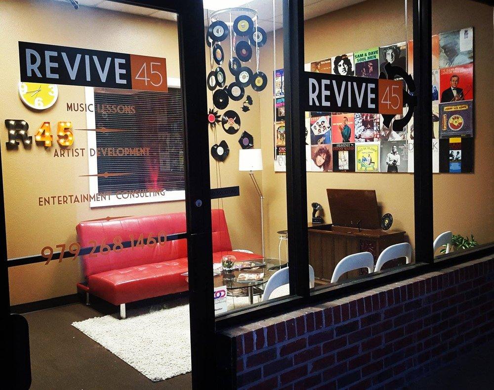 Revive 45: 4001 E 29th St, Bryan, TX