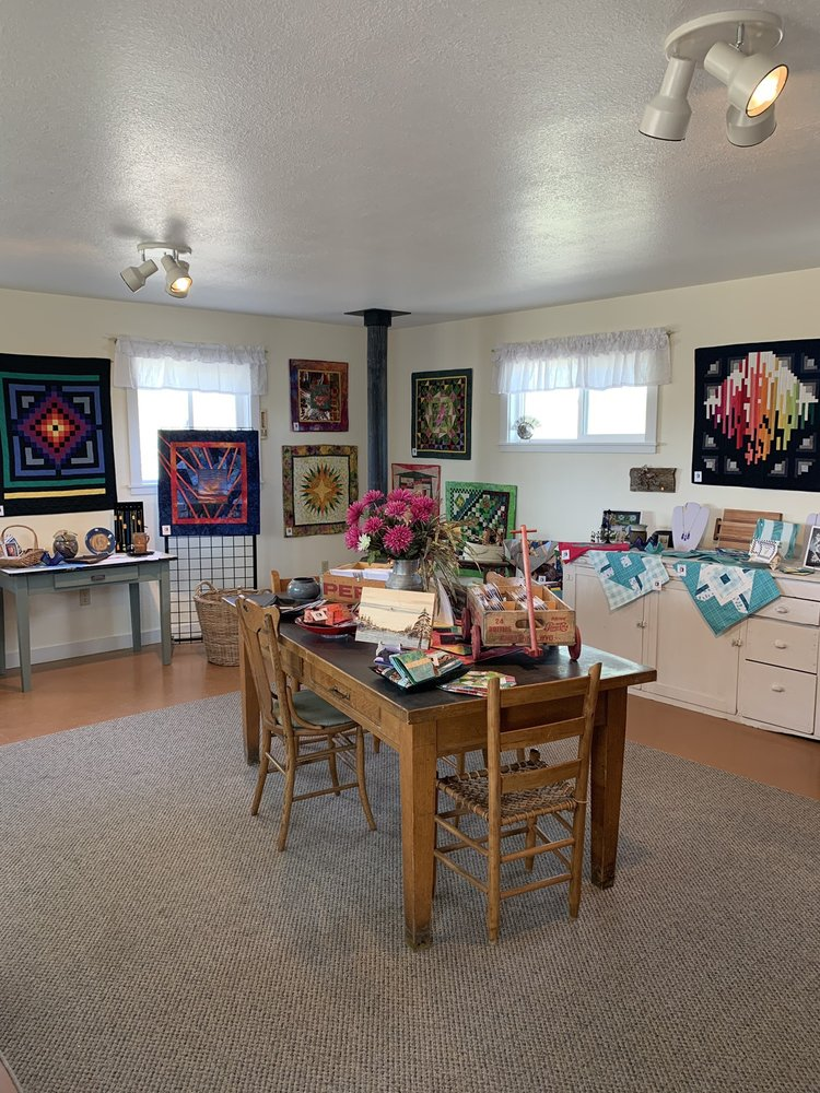 The Gallery at Neiber: 2190 South Flat Rd, Worland, WY