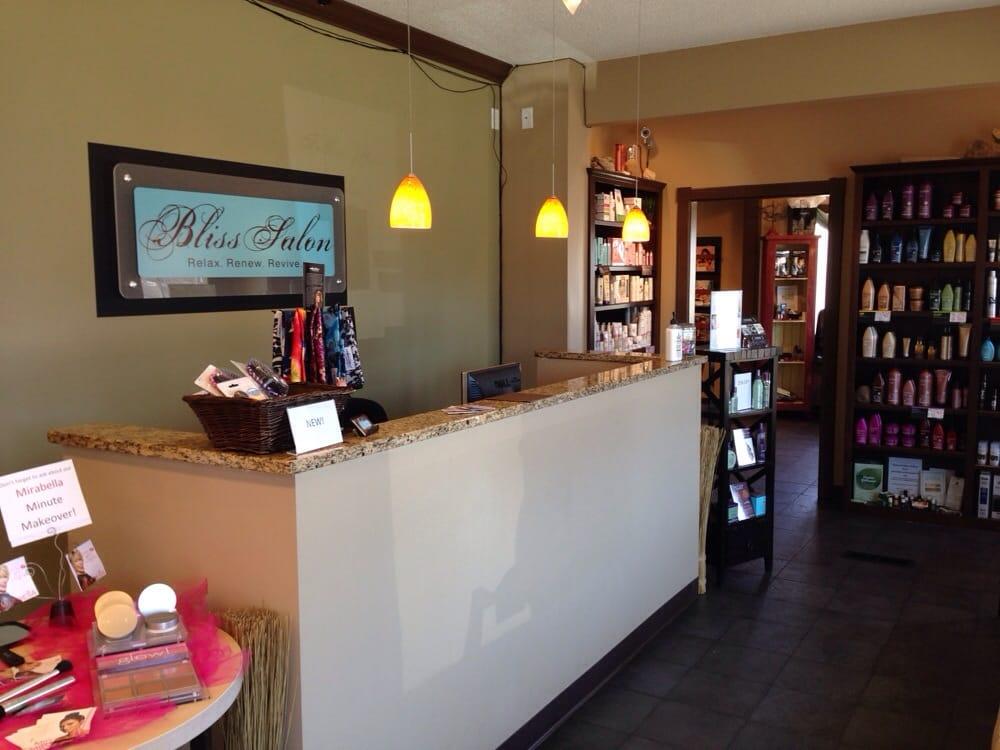 Bliss Salon: 109 Walnut St, Monticello, MN
