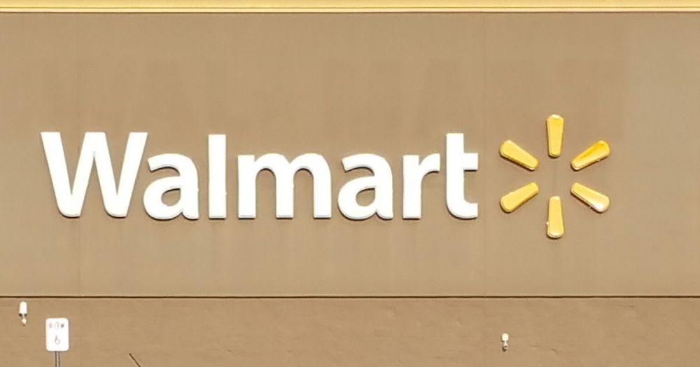 Walmart Supercenter: 3501 S Locust St, Grand Island, NE