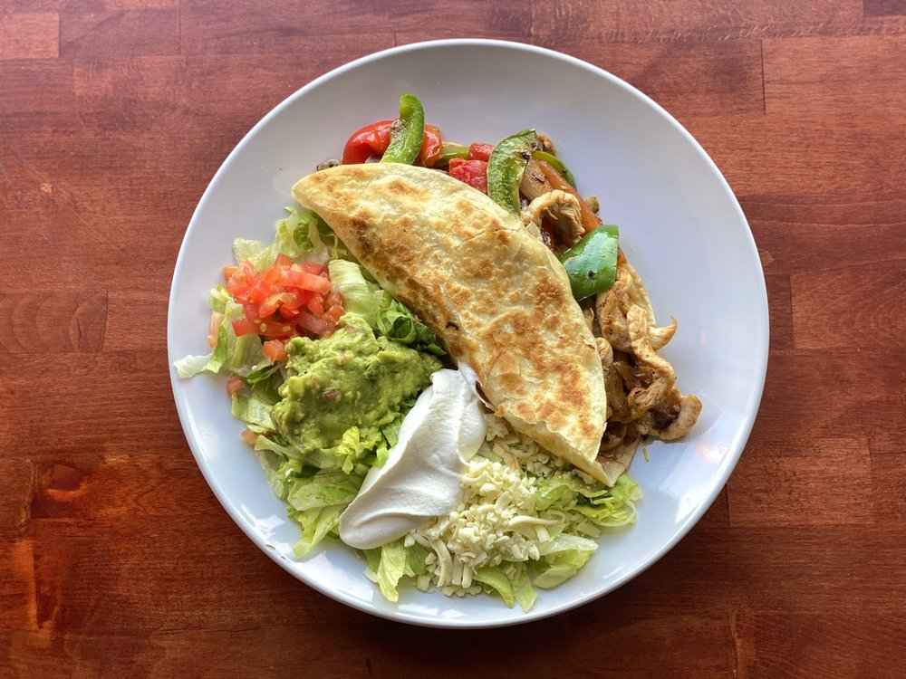 Chido Mexican Grill: 7322 US-90, Glen Saint Mary, FL