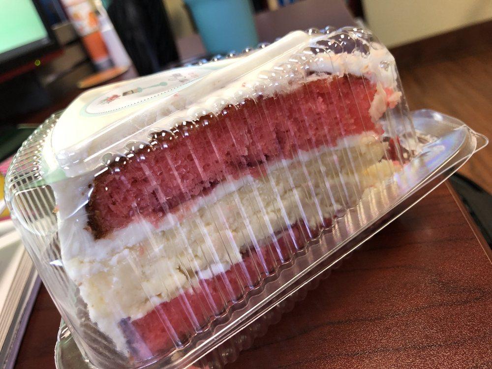 Cocoa Cake Studio: 224 E Stuart Ave, Lake Wales, FL