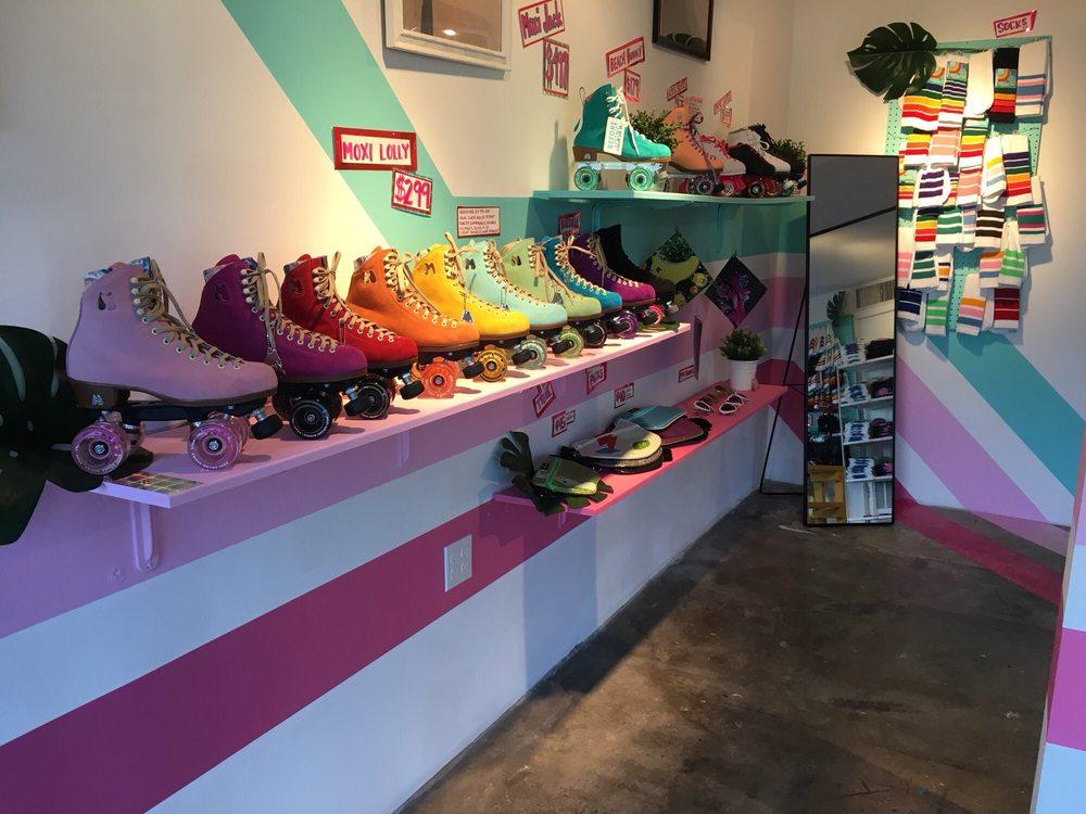 Moxi Rollerskate Shop: 1501 Main St, Venice, CA