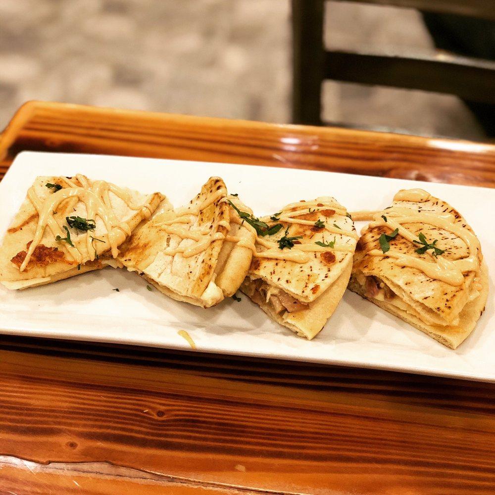 B Greek Kitchen: 323 Merrick Rd, Lynbrook, NY
