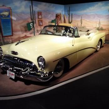 photo of hollywood star cars museum gatlinburg tn united states