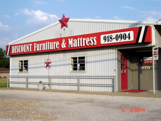 Discount Furniture & Mattress Furniture Stores 970 W