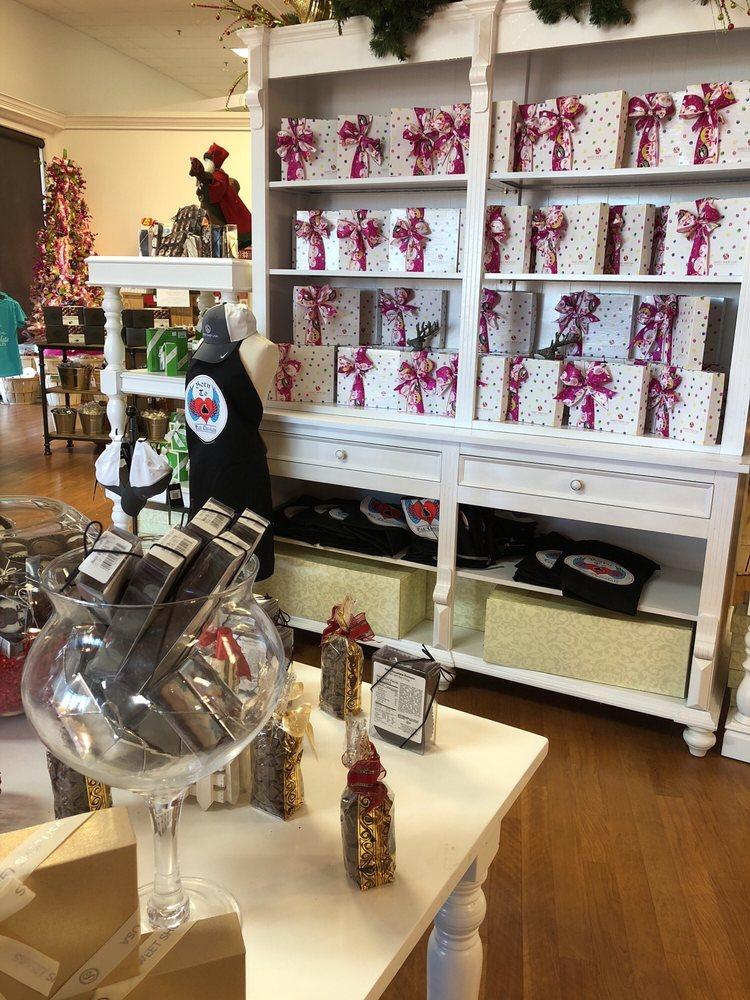 Sweet Shop USA: 1316 Industrial Rd, Mount Pleasant, TX