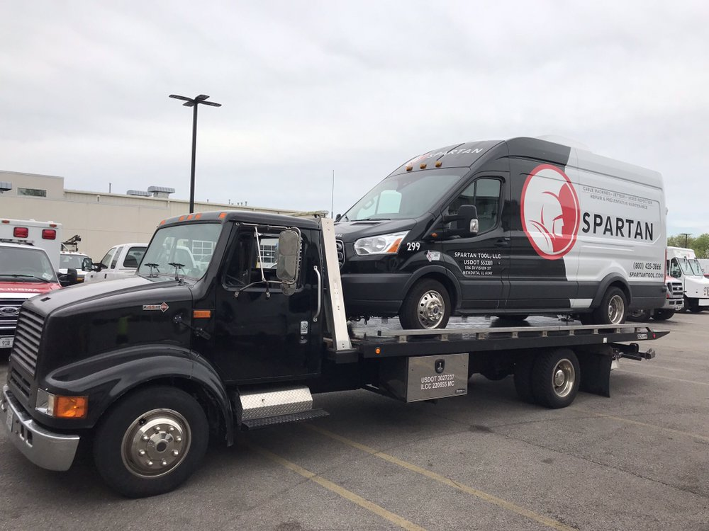 Towing business in Niles, IL