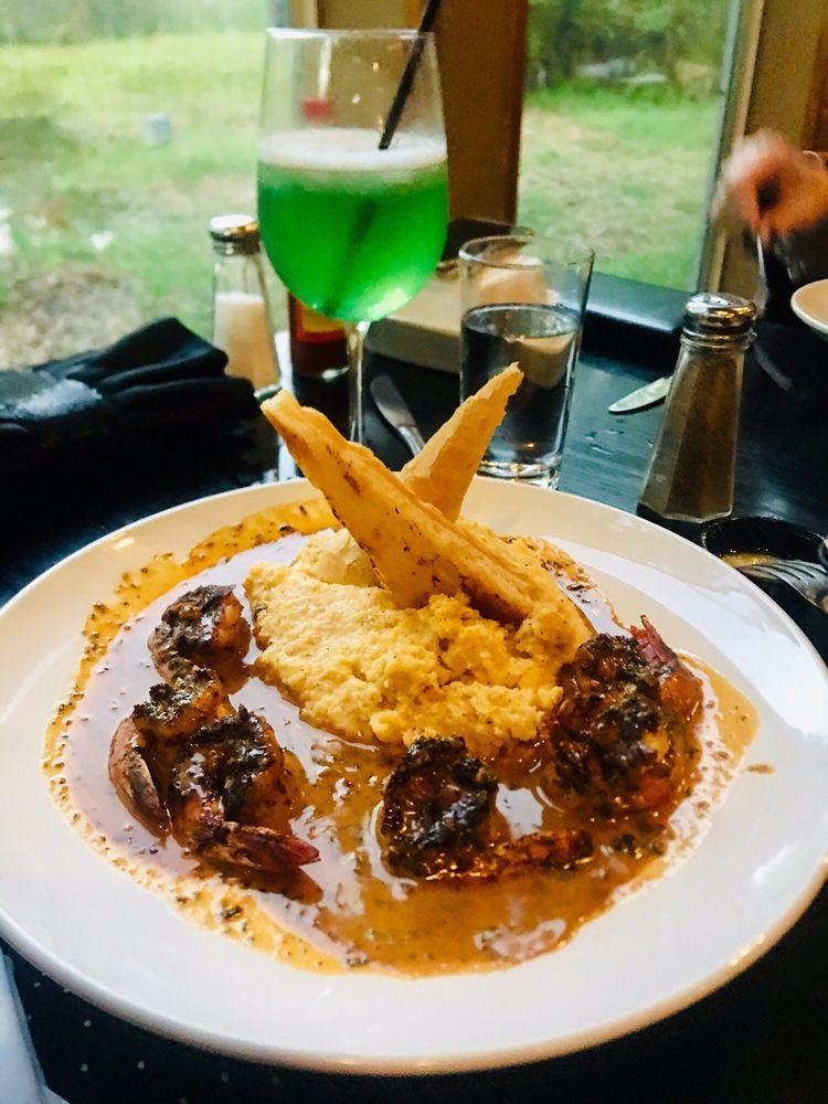 Restaurant des Familles: 7163 Barataria Blvd, Marrero, LA