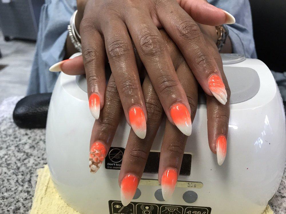 Diamond Nails Spa: 204 Grocery Ave, Winchester, VA