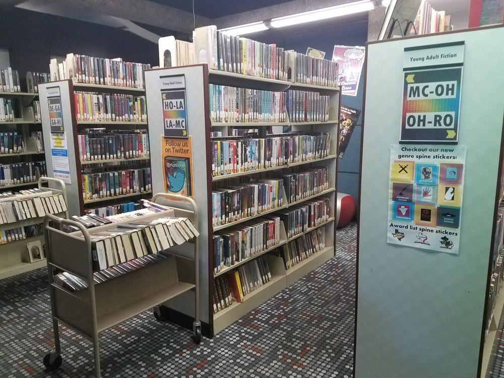Richardson Public Library: 900 Civic Ctr Dr, Richardson, TX