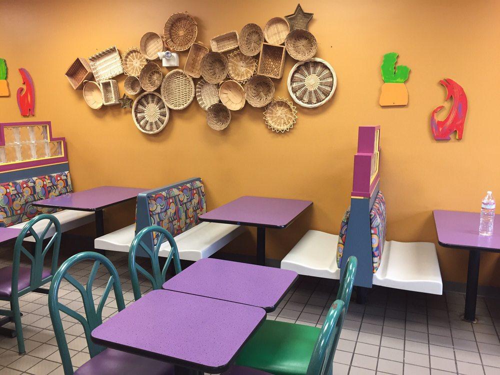 Taco John's: 1240 River Dr, North Sioux City, SD