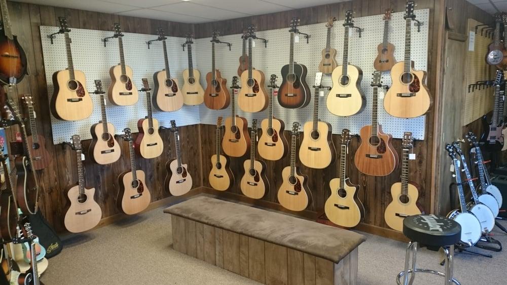 Fifth String Music: 941C N Pleasantburg Dr, Greenville, SC