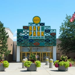 Bay Park Square is a shopping mall owned by Simon Property Group, in the Green Bay, Wisconsin suburb of Ashwaubenon, in the United States. The mall opened in under the ownership of DeBartolo ganjamoney.tk: Simon Property Group.