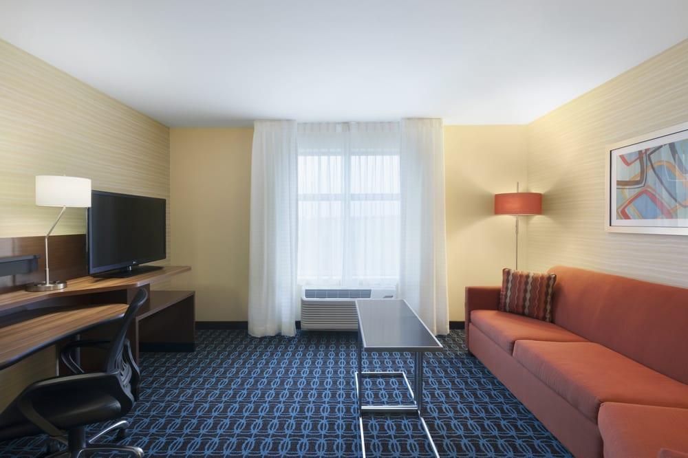 Fairfield Inn And Suites Studio  Queen Sofa Bed