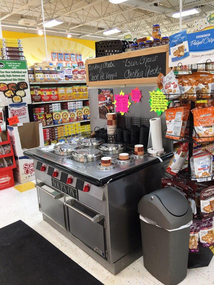 Hollywood super market 24 reviews supermarkets 714 n for 6 salon royal oak mi