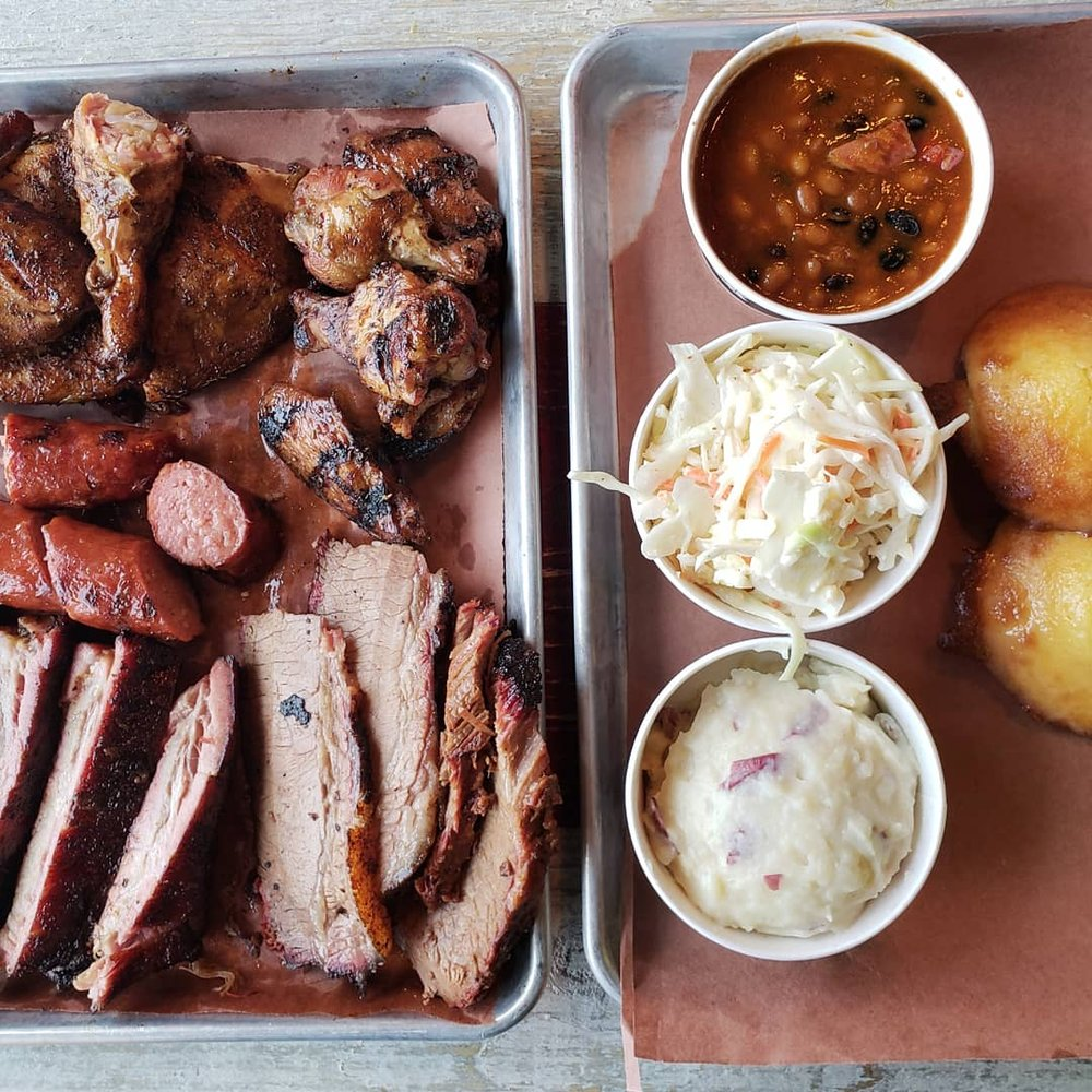 Old Southern BBQ Smokehouse: 3845 Lexington Ave N, Arden Hills, MN