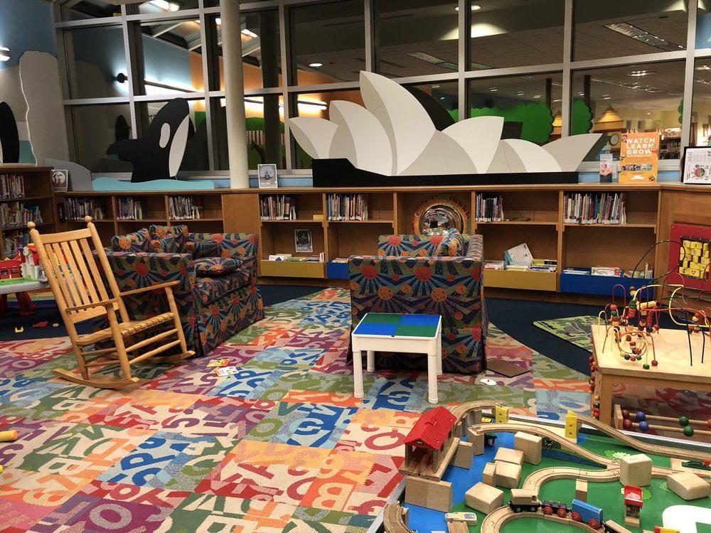 Cuyahoga County Public Library - Fairview Park Branch: Cuyahoga Co Pub Lib, Fairview Park, OH