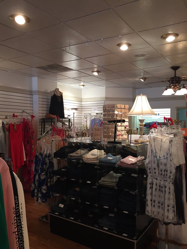 Denker Sundry & Gifts Retail Store: 150 NW Broad St, Southern Pines, NC