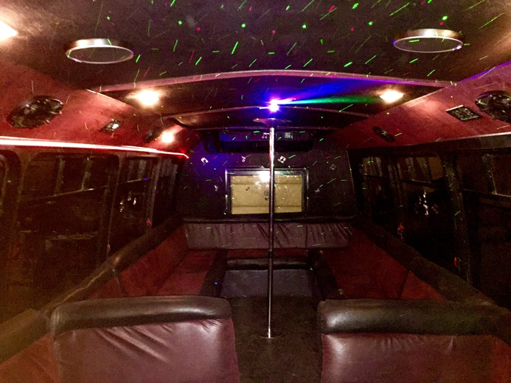 Al-Limo & Party Bus: 1206 Harvestowne Industrial Dr, Saint Charles, MO
