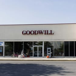 goodwill brocki 4555 vine st lincoln ne vereinigte staaten telefonnummer yelp. Black Bedroom Furniture Sets. Home Design Ideas