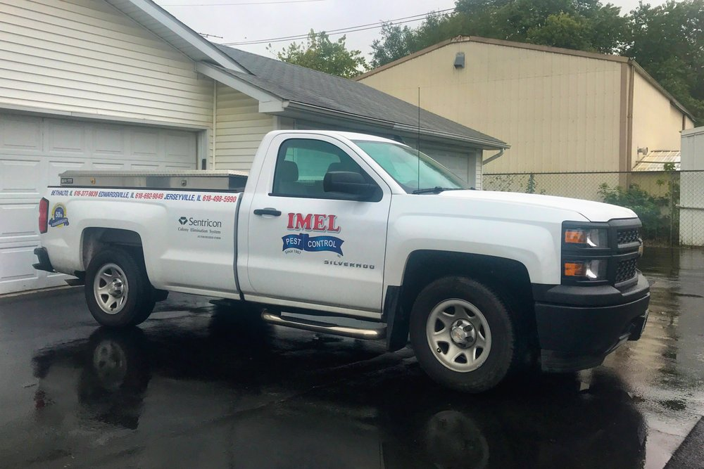 Imel Pest Control: 430 S Prairie St, Bethalto, IL