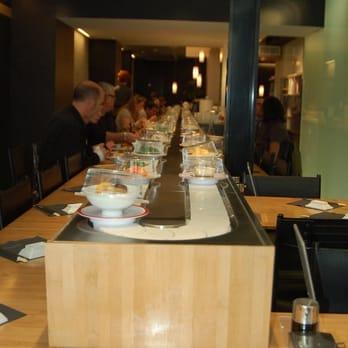 Matsuri 16 photos 15 avis japonais 74 rue du bac - Restaurant japonais tapis roulant paris ...