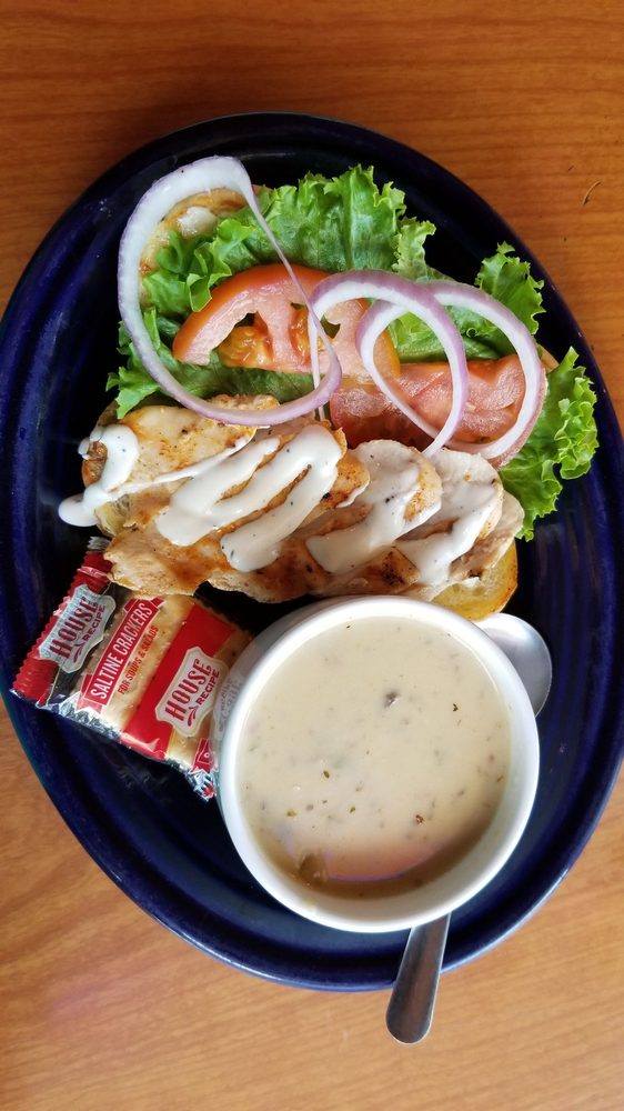 The Rusty Moose Tavern & Grill: 7211 Main St, Bonners Ferry, ID