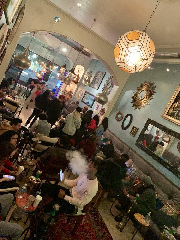 Centerpiece Hookah Lounge